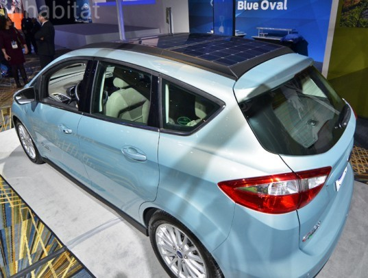 Ford C-MAX Solar Energi Concept, solar-powered car, photovoltaic car, c-max solar energi, Detroit Auto Show, NAIAS, North American International Auto Show, 2014 Detroit Auto Show, NAIAS 2014, automotive, car design, green transportation, green cars, sustainable transportation, eco car, green technology, electric car, hybrid car, EV, electric vehicle, solar energy, renewable energy