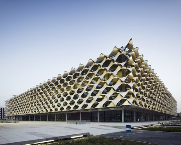 King Fahad National Library, sun shades, saudi arabia, riyadh, cultural center, library, Gerber Architekten, Teflon-coated fiberglass, sun protection, fabric façade