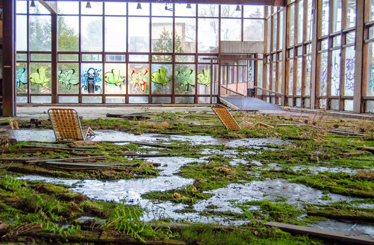 Sneak a Peek Inside the Beautifully Abandoned and Overgrown Grossinger's Catskill Resort Hotel