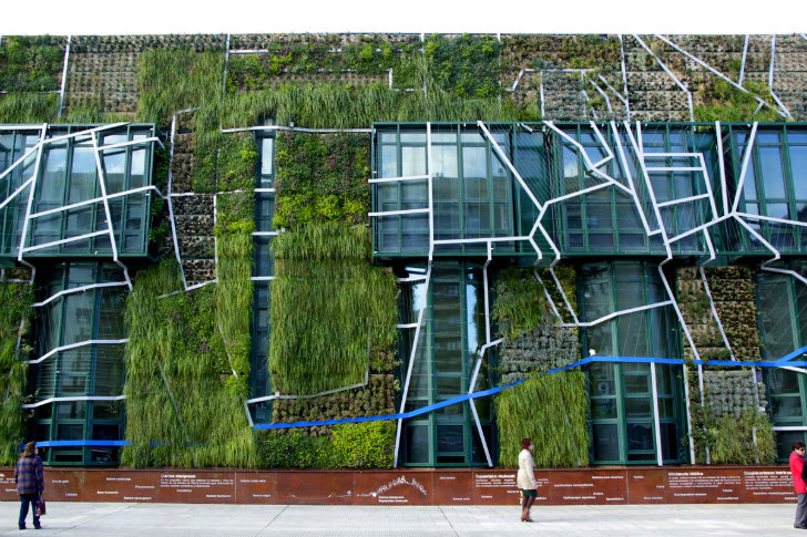 Urbanarbolismo S Magnificent 1500 M2 Vertical Garden Covers The