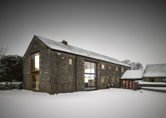 green design, eco design, sustainable design, adaptive reuse, Cat Hill barn, Snook Architects, Yorkshire barn home
