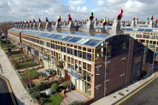 SolarBuzz Reports That UK Large-Scale Solar Photovoltaics Grew by 600% in 2013