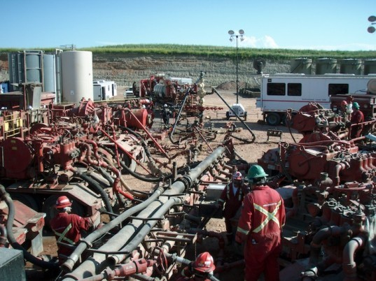 fracking, hydraulic fracking, oklahoma earthquakes, earthquake swarm, U.S. Geological Survey, wastewater wells, oil extraction, wastewater injection, fault lines, man-made earthquake