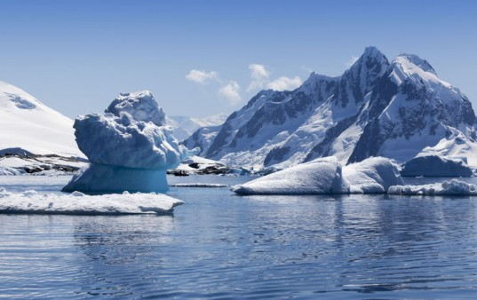 Water Rush: Businesses Scramble to Make a Buck from Melting Icebergs
