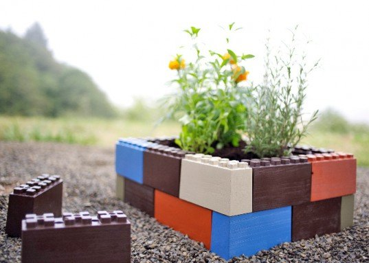 together farm blocks, green garden design, green design, sustainable design, eco gardening, recycled materials, LEGO, recycled plastic