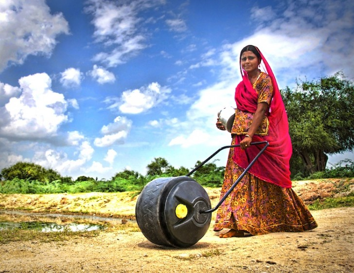 Revolutionary WaterWheel Helps Women Transport Water More Efficiently in India