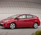 Toyota Recalls 1.9 Million Prius Hybrids to Fix a Software Glitch