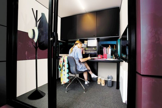 Harwyn pod, Harwyn work spaces, Australian designers, Australia design, tiny homes, tiny spaces, prefab architecture, automobile-inspired design, ACM exterior, energy efficient spaces, energy efficiency, green design, green architecture