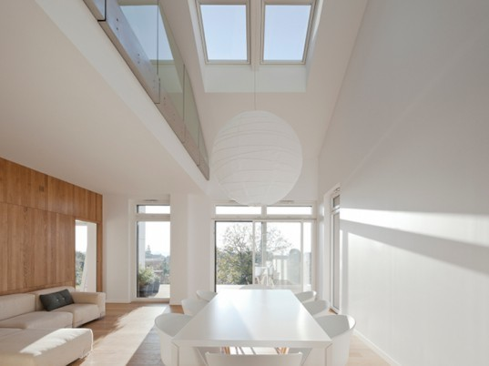 Maison Air et Lumiere, Nomade Architects, active house, green home, eco home, solar home,