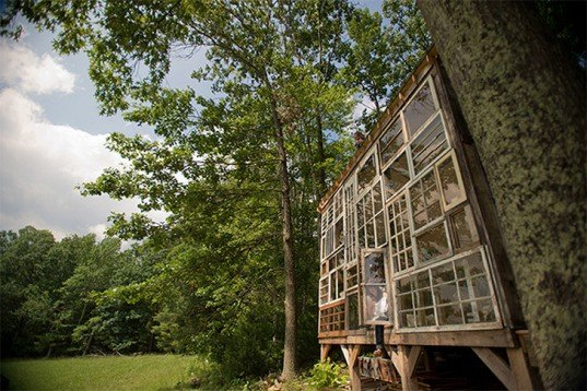 romantic homes, love shack, love nest, eco homes, couple builds home, green home,