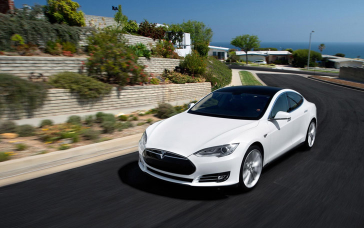 Tesla's Elon Musk Confirms Talks with Apple and Predicts ...