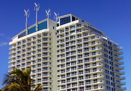 Hilton Hotel in Fort Lauderdale, hilton hotels sustainability, hilton hotels environment, florida hotels, wind turbines, rooftop wind turbines, Urban Green Energy (UGE), photovoltaics, Florida Green Lodging, green hotels
