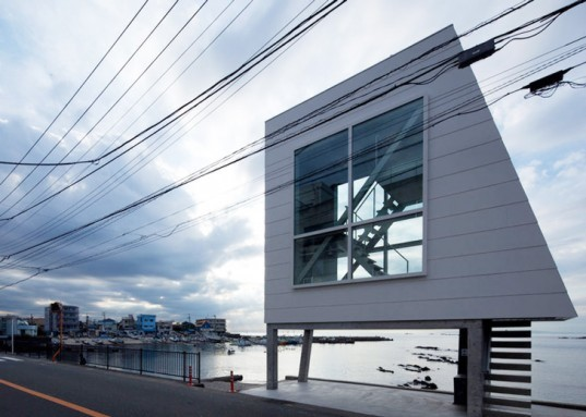 green design, eco design, sustainable design, Window House, Kanagawa Japan, Yasutaka Yoshimura, tiny living