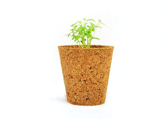 Eco chic corkit flower pots are made from recycled wine for Flower pot made by waste material