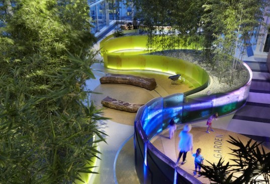 mikyoung kim design, landscape architecture, lurie children hospital, healing garden, crown sky garden, multi-sensory environment, rooftop garden, eco-resin, chicago, reclaimed wood, LED lights, water runnels, bamboo grove, glazed walls, tree house