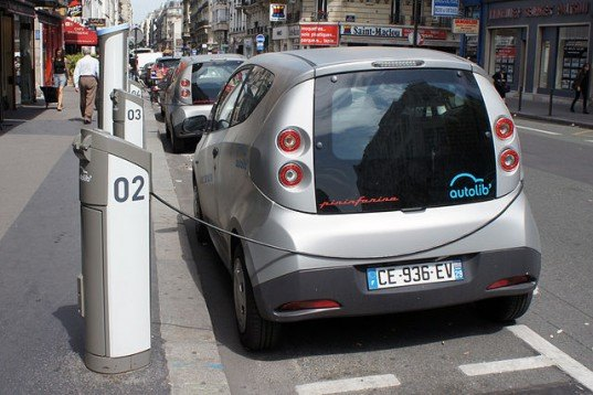 London's Electric Car Sharing Program Gets a $166M Boost From French Billionaire Vincent Bolloré