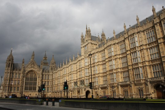 Big Ben, solar power, photovoltaic, solar cells, solar panels, LED, energy efficiency, repair, renovation, Elizabeth Tower, House of Parliament, House Service, Government spending, parliamentary passholders, London, House of Commons