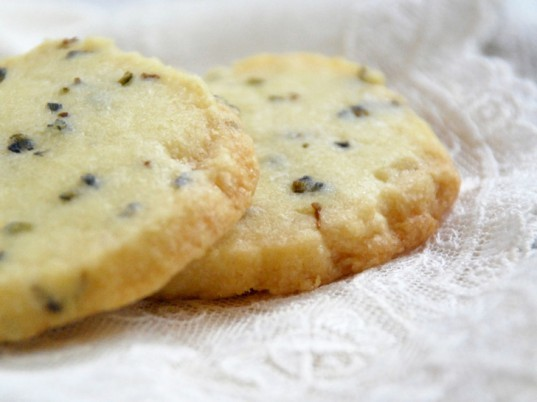Spruce, spruce recipes, spruce tips, spruce shortbread, spruce tip cookies