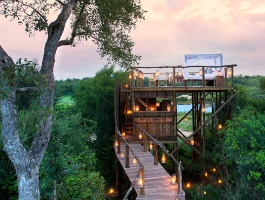 green design, eco design, sustainable design, African Safari resort, treehouses, treehouse resort, Lion Sands Game Reserve, Eco resort, eco luxury, Sabie River