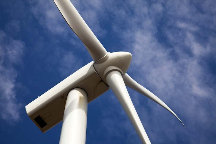 Wind Power Costs are Almost Exactly the Same as Natural Gas, New Study Shows