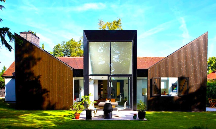 Contemporary Bungalow Triptych Captures Views And Sunlight
