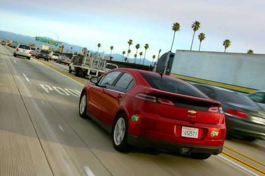 Chevy, Chevrolet, Chevy Volt, Chevrolet Volt, GM, plug-in hybrid, Volt plug-in hybrid, green car, green transportation, electric car, electric motor