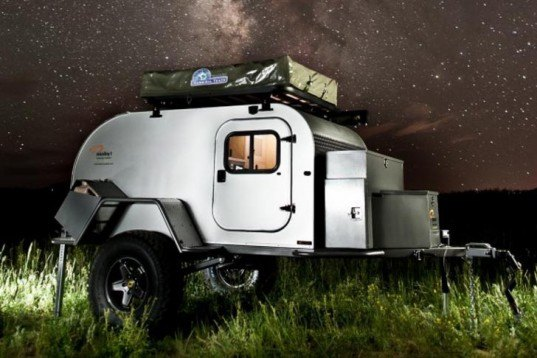 6 Best, mobile micro-homes, nomadic life, Moby1, XTR, Timeless Travel Trailers, Airstream, Architecture and Vision, MercuryHouseOne, Green Mountain College, OTIS, N55, Walking House, self-sufficient home, summer house, portable house, solar power, Architecture, Tiny Homes, automotive, Eco Tourism, Green Transportation