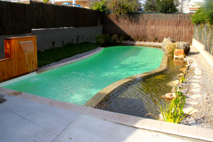Gorgeous natural swimming pool uses no chlorine for Sustainable swimming pools