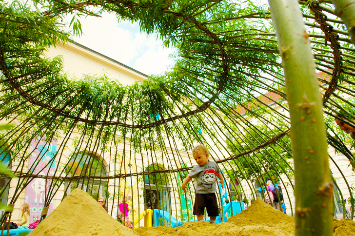 Japanese Inspired Woven Willow Kagome Sandpit Offers
