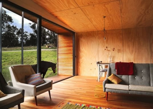 Rustic Off Grid Pump House Is A Solar Powered Weekend