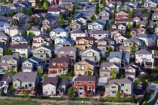 How US Urban Sprawl Causes Problems Ranging from Obesity to Climate Change