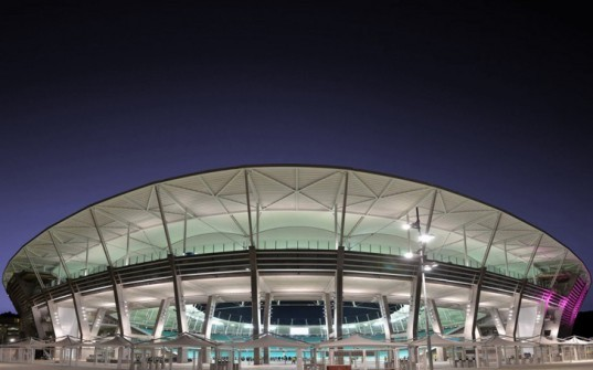 Arena Fonte Nova, Schulitz Architekten, world's lightest stadium roof, TETRA Arquitetos, Salvador da Bahia stadium, RFR German engineering, multifunctional sustainable stadium, LEED silver stadium in Brazil,