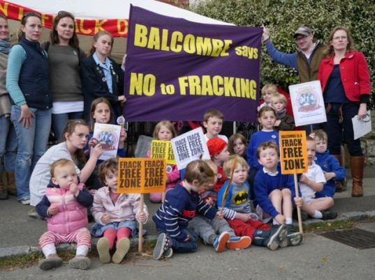 Repower Balcombe, fracking protest, anti-fracking activism, community organization, community-owned energy, community owned solar plants, Cuadrilla, hydraulic fracturing in the UK, renewable energy in the UK