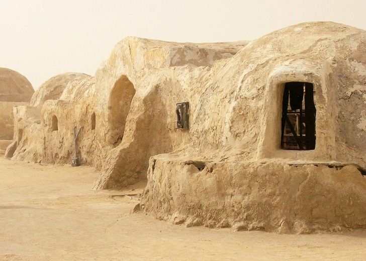 Tunisia Battles To Save Famous Star Wars Set From
