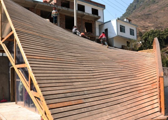 Shuanghe village community center, Yunnan earthquake reconstruction, polycarbonate doors, memorial plaza in China, Olivier Ottevaere, John Lin, University of Hong Kong, The Pinch community center, public library rooftop playground,
