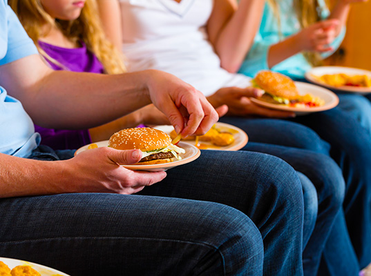 New Study Links Obesity With Malnutrition and Poverty