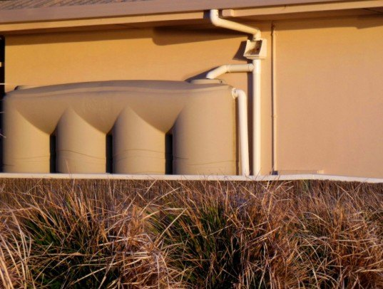 Rainwater tank, rainwater harvesting, drought, water collection, drinking water, climate change