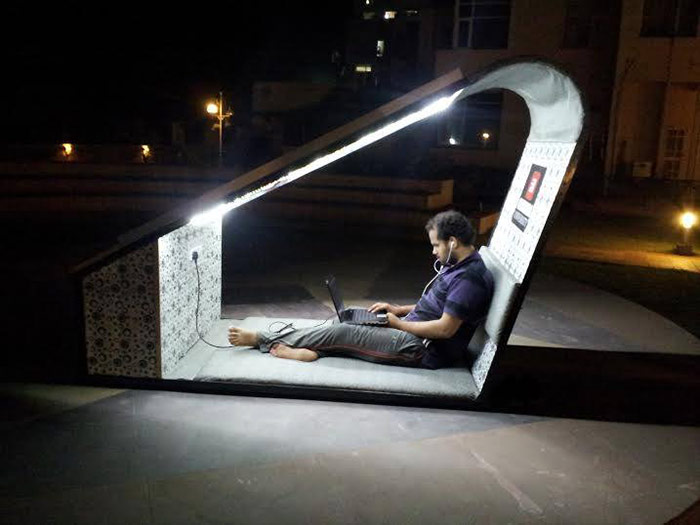 Chitkara University S Solar Lounge Offers Style And