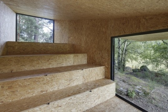 Uhlik architekti, forest retreat, timber cabin, czech republic, central bohemia, czech architecture, czech cabin, south bohemia, rabbet joints, osb, oriented strange board, charred timber, blackened timber, glazed openings, compact building, tiny building, tiny retreat, local materials, multifunctional space