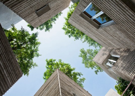 Vo Trong Nghia Architects, House for Trees, AR House 2014 awards, Vietnam House, Ho Chi Minh City, architecture, architecture in vietnam, tree houses, rooftop trees,
