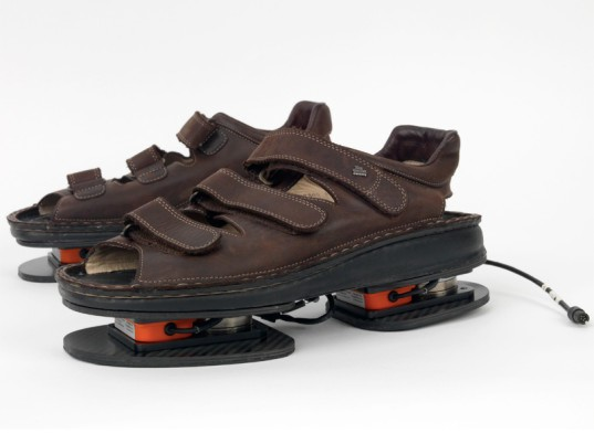 NASA, NASA Force Shoes, NASA Sandals, ugly sandals, zero gravity sandals, NASA zero gravity, zero gravity shoes, Ecouterre