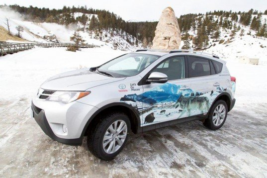 Toyota, Toyota Camry, Toyota Camry Hybrid, Toyota RAV4 EV, Toyota hybrid, hybrid car, hybrid battery, nickel-metal hydride battery, lithium-ion battery, Yellowstone National Park, green car, green transportation