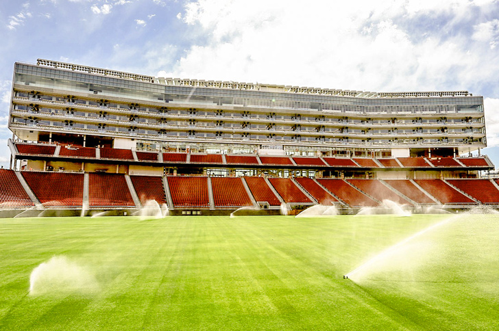 Levis Stadium Becomes First Pro Football Field To Earn Leed Gold
