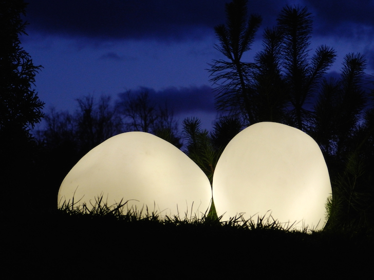 Olis Rock Like Led Lamp Adds A Sublime