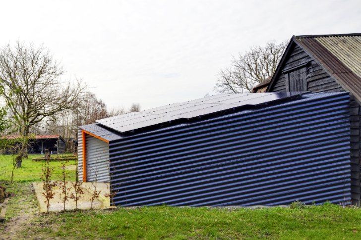 Tiny Solar Shed Generates 100% of the Energy Needed to Run Historic Farm in The Netherlands