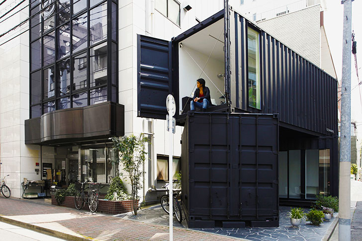 CC441: Tokyo's First Shipping Container Art Gallery Warmed Up With Interior Timber Panels