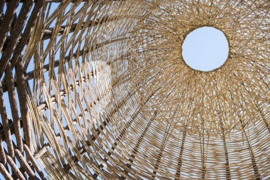 woven sky, wang wen-chih, basket weaving technique, bamboo, locally sourced bamboo, music festival, woodford folk festival, cave urban, woodford, locally sourced materials, pine logs, bamboo tunnel, bamboo tower, music festival installation,