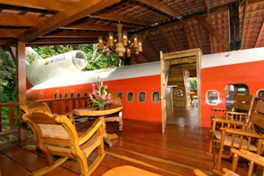costa verde, costa rica airplane hotel, airplane building, recycled design, recycled airplane, 727 hotel, sustainable architecture, green building, green design, recycled material, reclaimed airplane hotel, costa verde resort, sustainable design