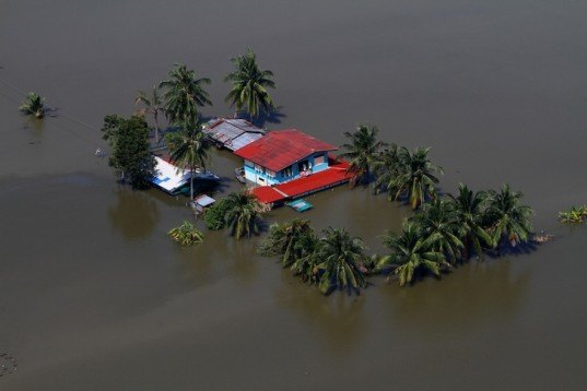 flooded, thailand, climate change,