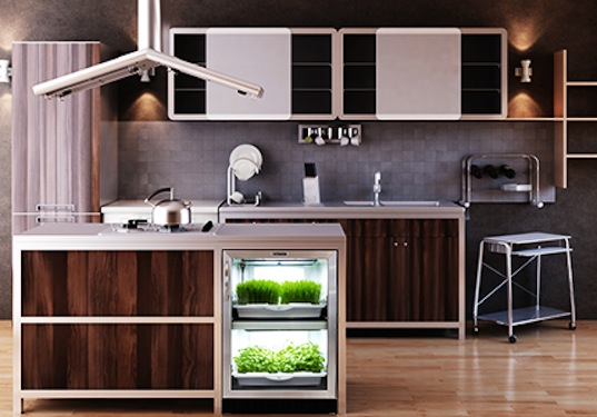 Urban Cultivator Grows 100% Organic Hydroponic Greens in a Stylish and Fully Automated Indoor Garden
